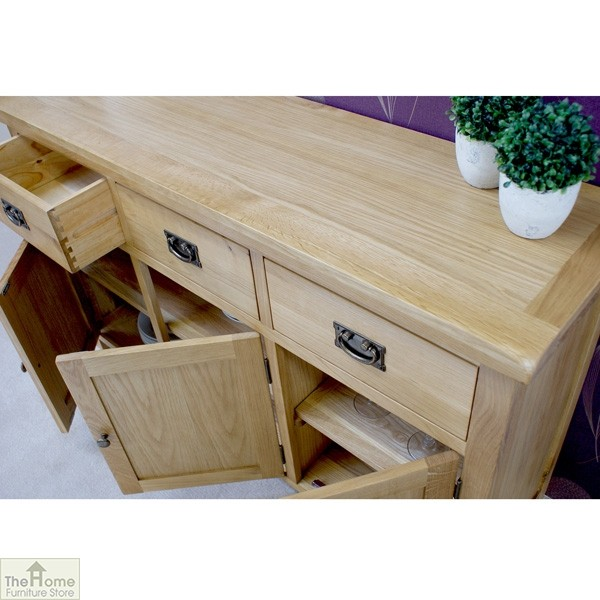 Farmhouse 3 Drawer 3 Door Sideboard_5