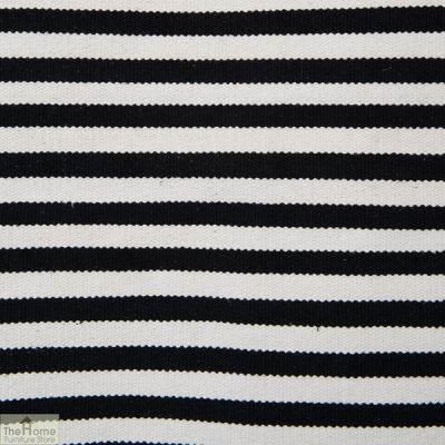 Monochrome Handwoven Reversible Rug_2