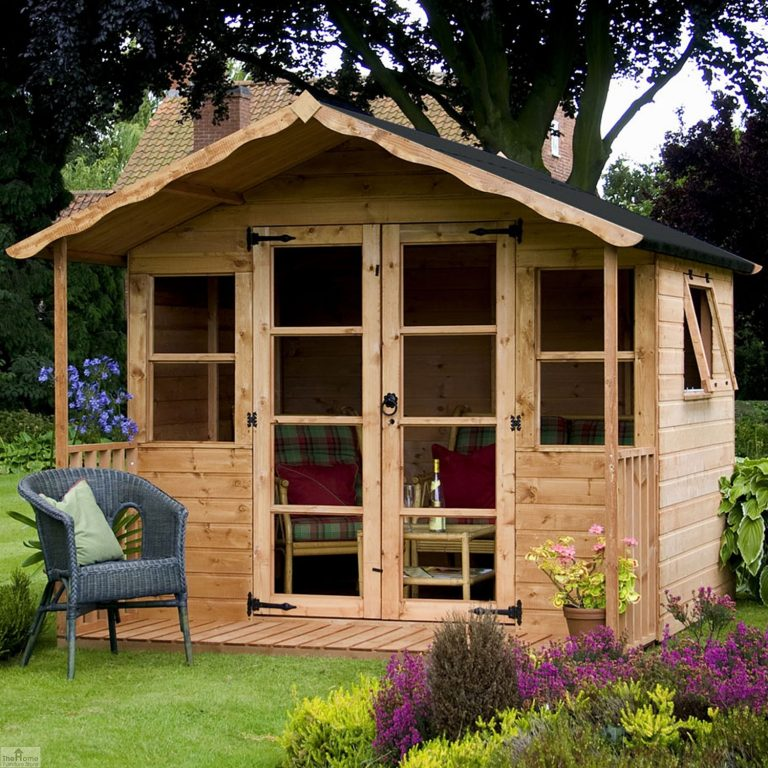 Traditional Wooden Summerhouse_1