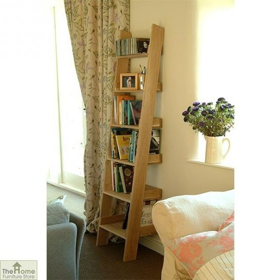 Wooden Ladder Bookshelf_1