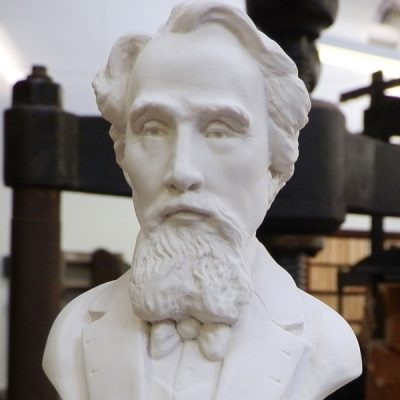 Charles Dickens Bust Ornament_2