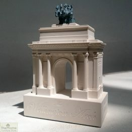 Wellington Arch Ornament_1