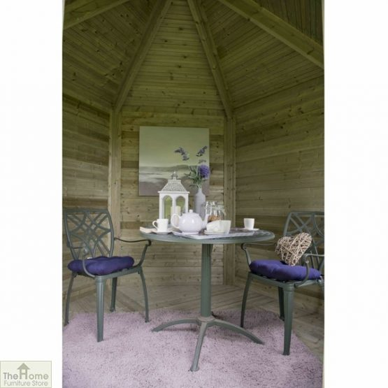 Small Wooden Summerhouse_2