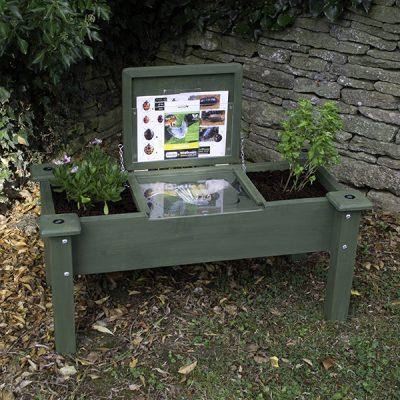 Minibeast Study Garden Seat_1