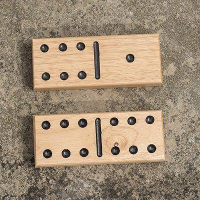 Wooden Garden Dominoes_3